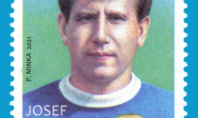 Fandové fotbalu pozor! K devadesátinám Josefa Masopusta vyšla příležitostná poštovní známka