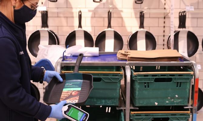 Tesco rozšířilo sortiment dostupný on-line i v Prostějově. Nejprodávanější je papír do tiskáren, baterie a žárovky