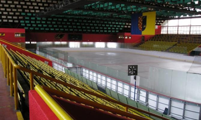 O zimní stadion se bude starat Sportcetrum DDM, odklepli zastupitelé