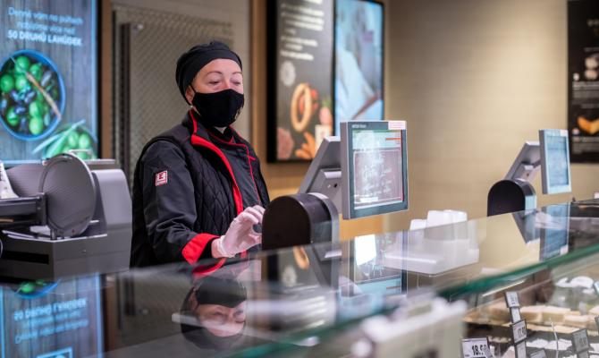 Kaufland od 1. června navyšuje mzdy. Přidáno dostanou prodavači i brigádníci